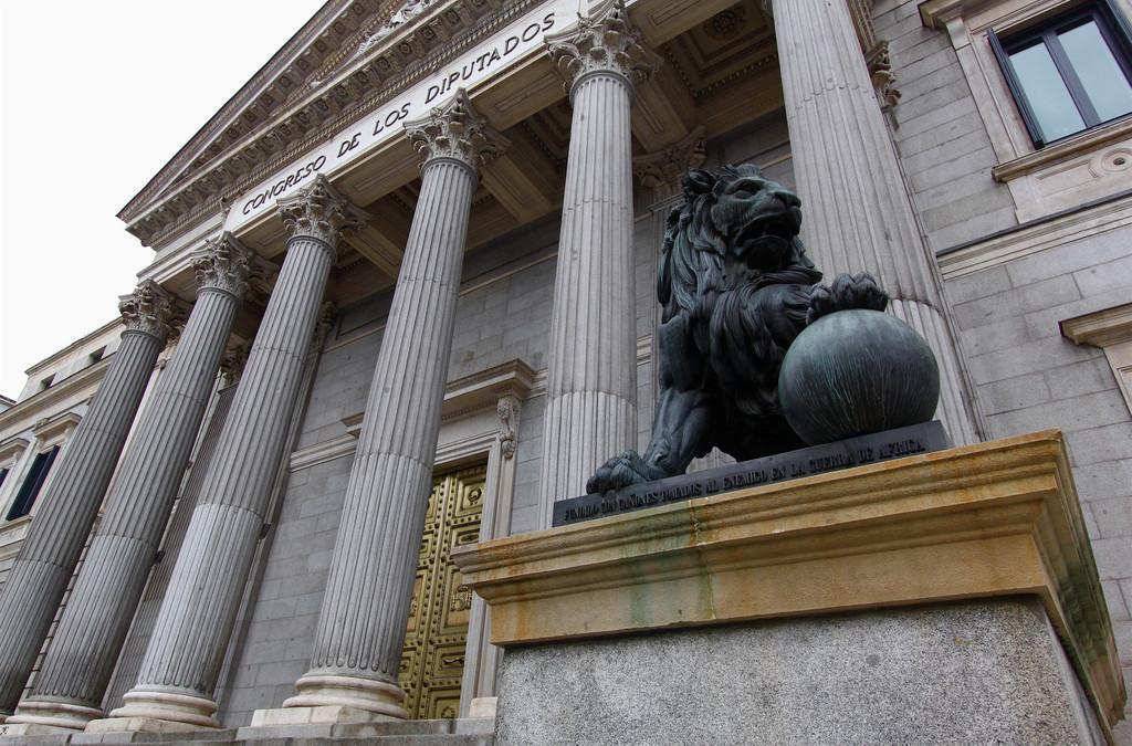 La sociedad civil demanda una sólida regulación del lobby