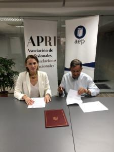 Firma Acuerdo APRI y AEP
