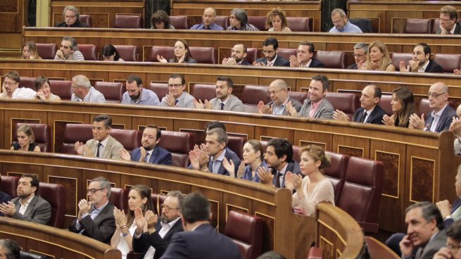 El Gobierno regulará por ley los lobbies y creará un registro obligatorio