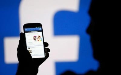 Facebook 'caza' talento de Kreab para hacer 'lobby' en España